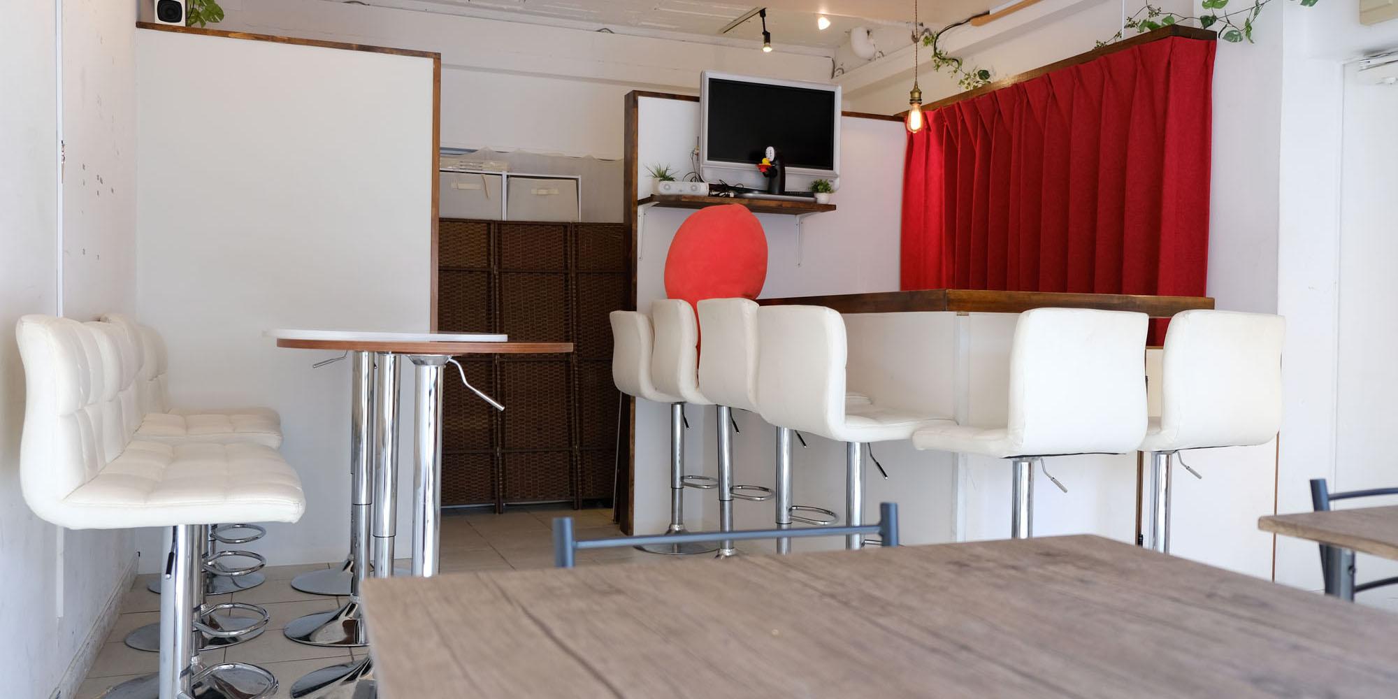 秋葉原のレンタルスペース・レンタルカフェ「ホワイトエレファント」